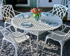 Weiße Tische